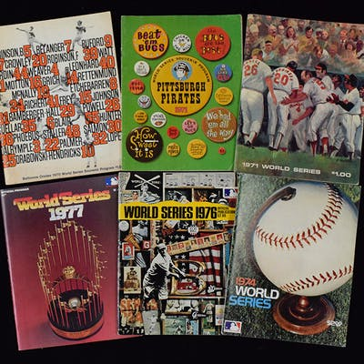 Lot of (42) World Series programs from 1970-2009 (GD-NM/MT)