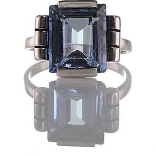 Spätes Art Déco Ende 1940, Ring aus geprüftem Silber und blauen Verneuil
