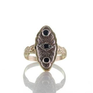 Historischer Ring aus Gold 585er, Silber und Saphire, Belle Epoque um 1890