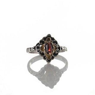 Wundervoller Vintage Trachten Ring aus Silber 835 teil vergoldet böhmischer