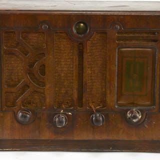 Halson Model 606 Table Top Radio