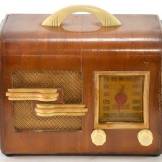 General Television Model 49 Table Top Radio