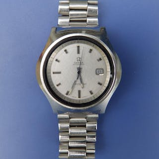 A gent's stainless steel Omega Seamaster Automatic bracelet wrist