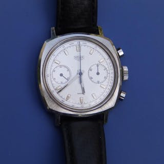 A gent's stainless steel Tag Heuer chronograph wrist watch, the silver