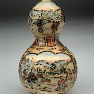 Circa 1900 Japanese Satsuma porcelain double gord vase.