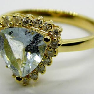 l4ct Yellow Gold Aquamarine and Diamond Ring