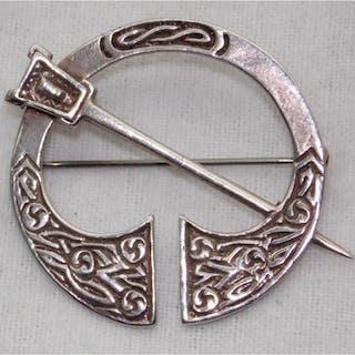 Robert Allison Scottish Pennanular Brooch