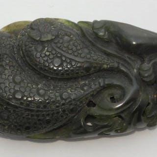 Antique19th Century Chinese Spinach Jade Netsuke