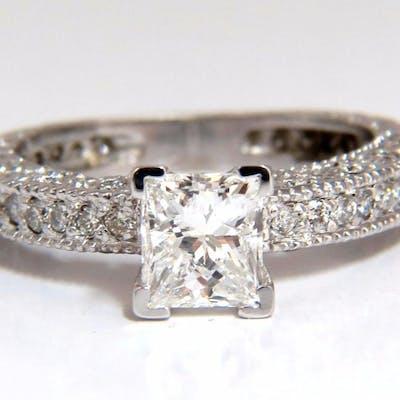 1.01ct Natural Princess cut diamond ring 14kt.