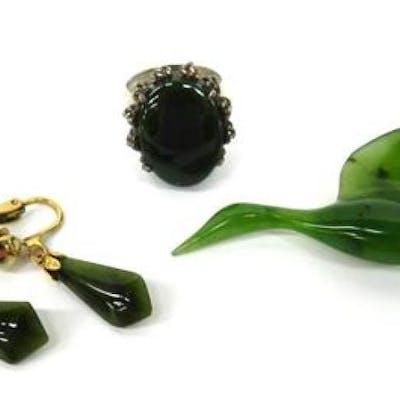 A Nephrite Bird Brooch, Pair of Earrings & a Sterling Silver