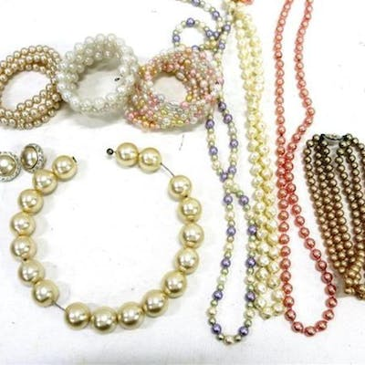 A Collection of Imitation Pearl Necklaces & Bracelets