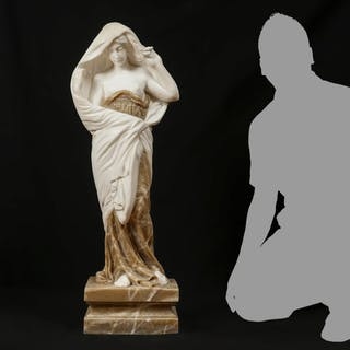CARVED MARBLE SCULPTURE AFTER BARRIAS