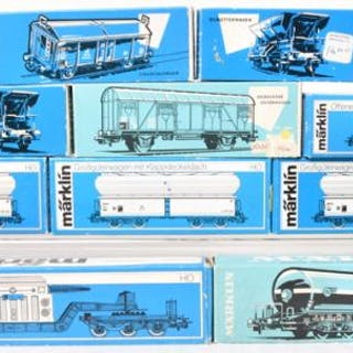 Eighteen Marklin Freight Cars  4617, 4628, High Capacity Car