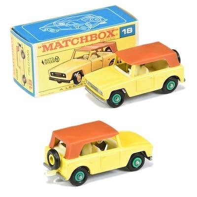 Matchbox Regular Wheels 18e Field Car - Stannard