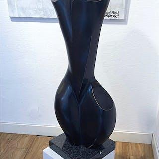 """Donna II"" Bronze sculpture by Stan Wys. Height 108 cm"