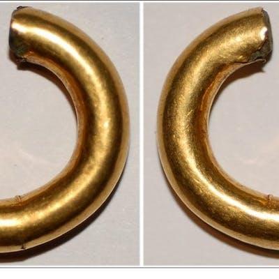 Celtic British Isles gold ring money