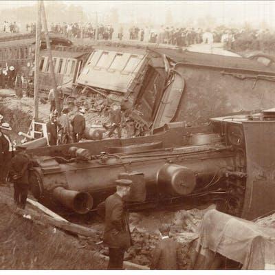 """V12346 Cpa Allemagne  Catastrophe Ferroviaire """" Carte Photo """" Lieu"""