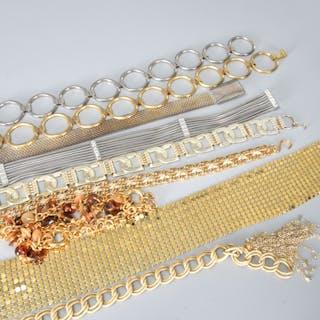 Group of vintage ladies chain & metal belts