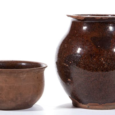 MID-ATLANTIC EARTHENWARE / REDWARE ARTICLES, LOT OF TWO