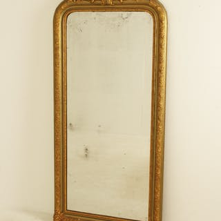 LARGE CARVED GILTWOOD AND GESSO MIRROR