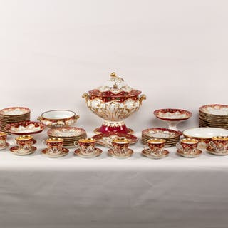 70 PC. CONTINENTAL PORCELAIN DINNER SERVICE