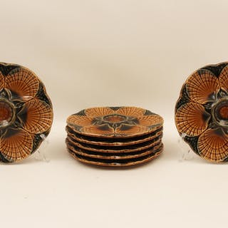 8 FRENCH MAJOLICA OYSTER PLATES