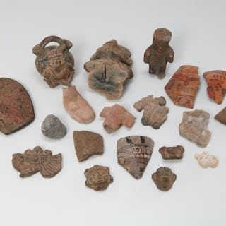 Group Pre-Columbian style figures and fragments