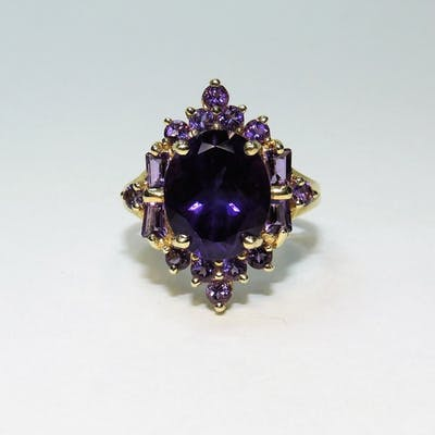 Estate 14K Gold Fine Lady's Amethyst Cluster Ring