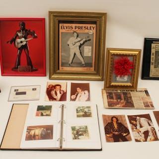 ELVIS PRESLEY PHOTOS AND PUBLICATIONS
