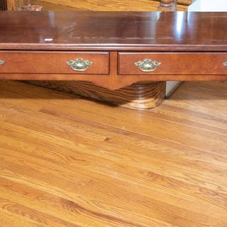Cherry Queen Anne Style Sofa Table