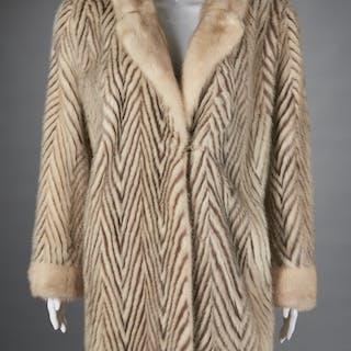 Ladies stripe fur jacket