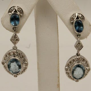 PR. 18K DIAMOND AND AQUAMARINE EARRINGS
