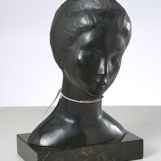 Maria Barreira, bronze bust sculpture