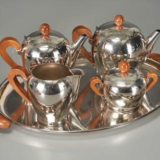 Carlo Alessi Bombé tea and coffee service