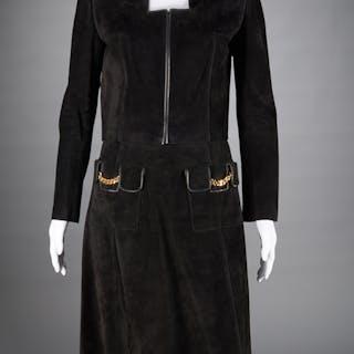Vintage Gucci ladies black suede skirt suit