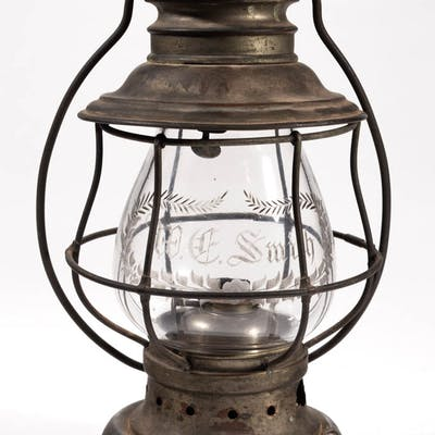 BRASS AND METAL KELLY LAMP CO. PRESENTATION CONDUCTOR'S RAILROAD LANTERN