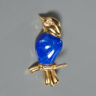 Blue bird 14k gold brooch