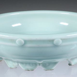 18TH C. CHINESE LOW PORCELAIN BOWL