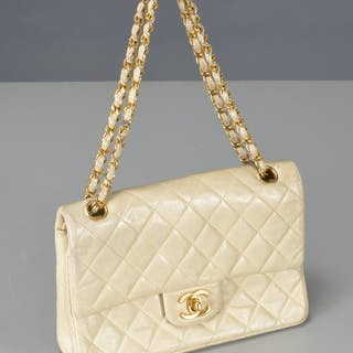 Chanel lambskin double flap purse