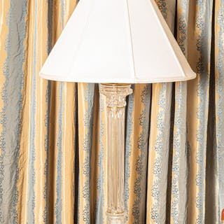 Contemporary Glass Columnar Table Lamp