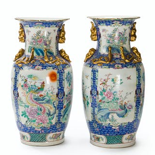 A pair of large Chinese handpainted vases
