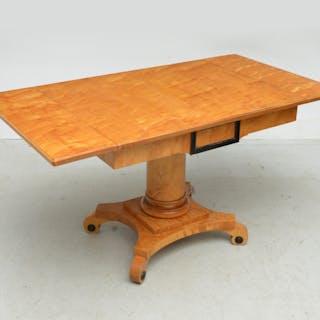 Central European Biedermeier sofa table