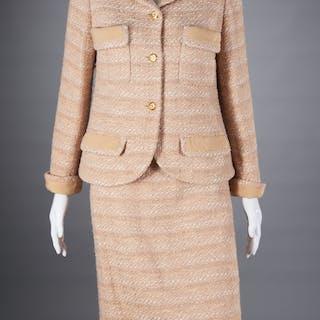 Chanel Boutique beige boucle skirt suit