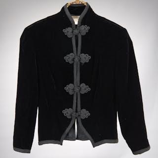 Oscar de la Renta black velvet evening jacket