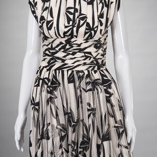Ladies Tuleh print silk dress