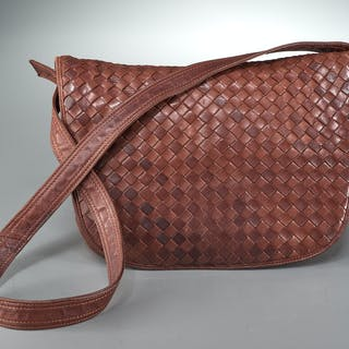 Bottega Veneta brown woven leather shoulder bag