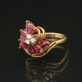 14K Y/G RUBY AND DIAMOND LADY'S RING;  5.8 GR TW