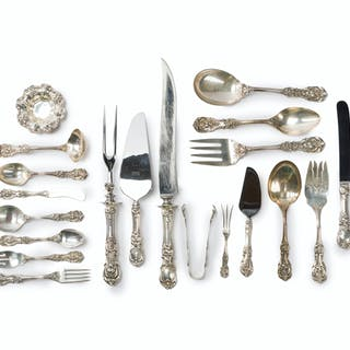 """A Reed & Barton """"Francis I"""" sterling silver flatware service"""