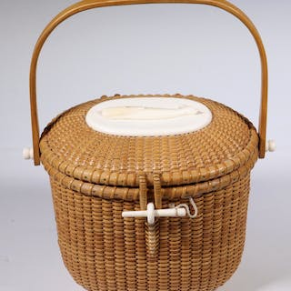 NANTUCKET PURSE BASKET, STANLEY M. ROOP