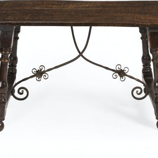 A Spanish trestle table